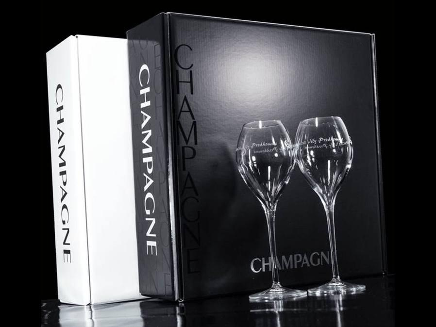 coffret avec 2 flûtes champagne Vély-Prodhomme